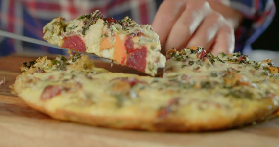 jour_de_la_terre_tv_frittata__legumes_cheddar_fromage_feuilles_bettaraves_a_vos_frigos_recettes_anti_gaspillage_a_vos_frigos