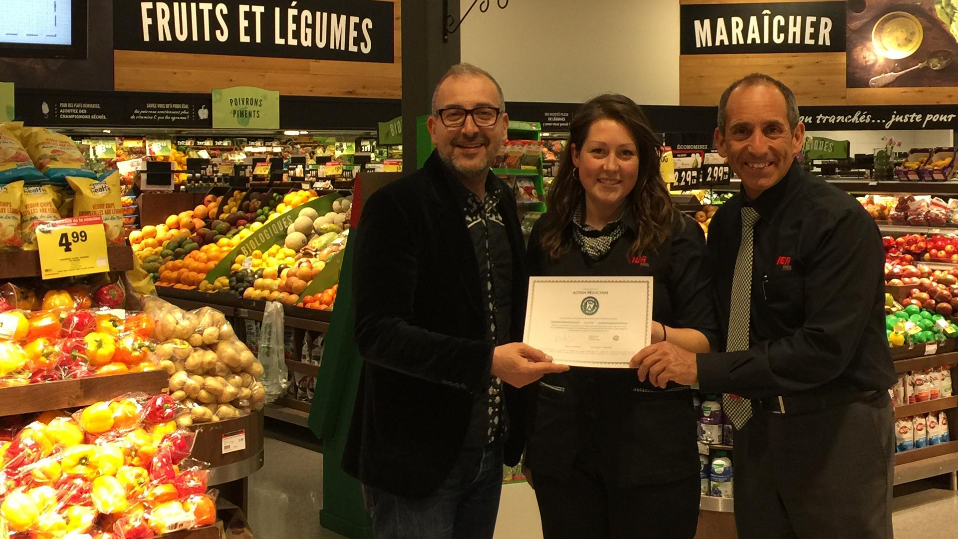 20170505_IGA_La_Seigneurie_Blainville_Action_Reduction_jour_de_la_terre_Quebec