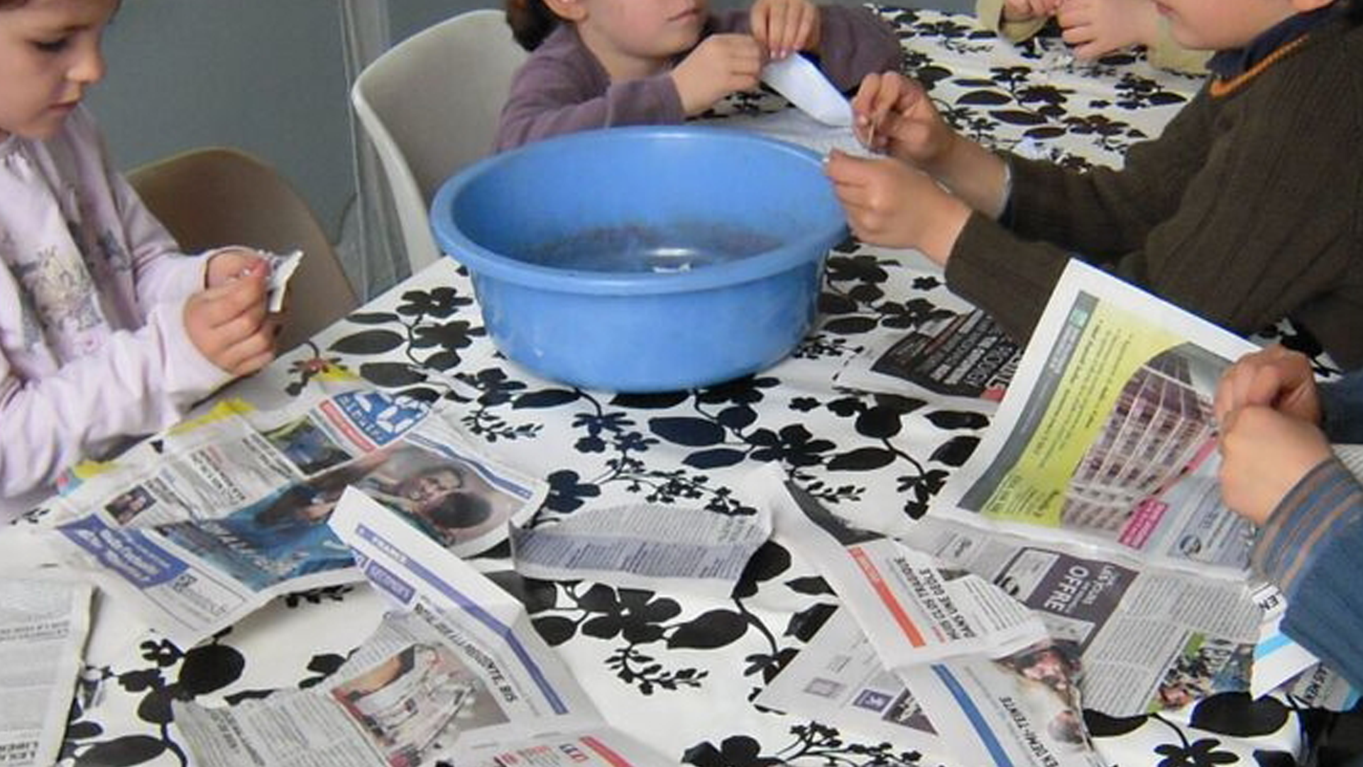 Blogue_FR_article_ecolo_creche_enfants_papier_recyclé_2
