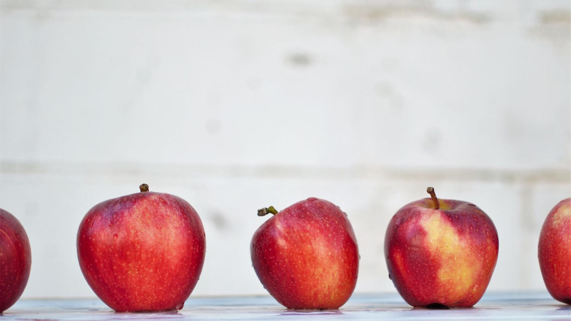 Fonds_éco_iga_jour_de_la_terre_à_vos_frigos_pommes